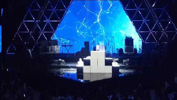 Шоу на кубы cobrashow.ru